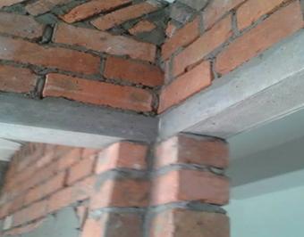 新建门窗洞上必需用钢筋水泥过梁