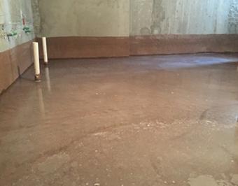 地面与墙角处一体防水工艺
